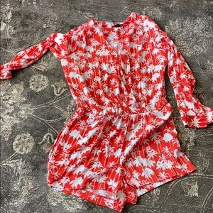 Trouve long sleeve short romper size m